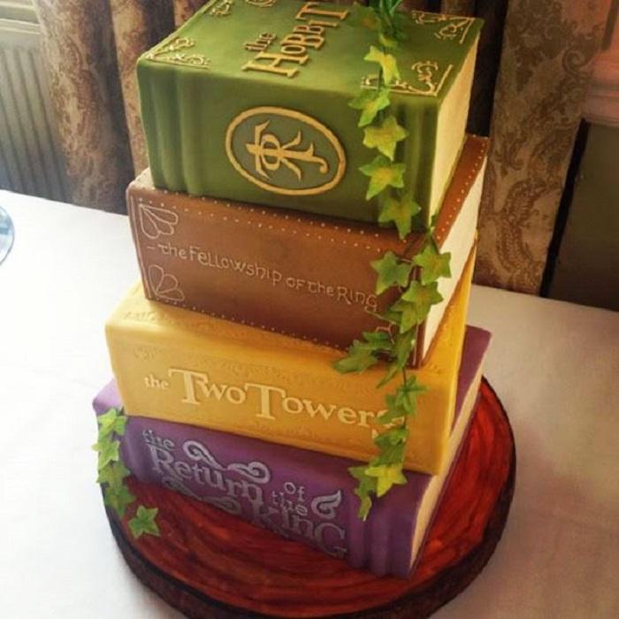 Торт для вечеринки в стиле «Властелин колец».
