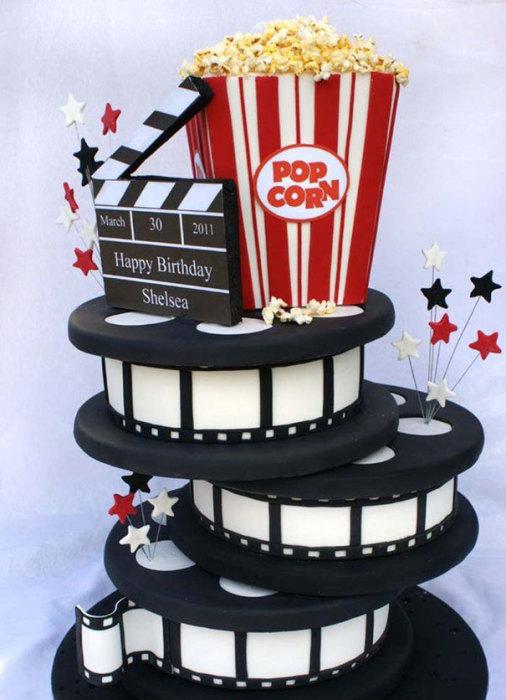 Праздничный торт из серии «Кино».