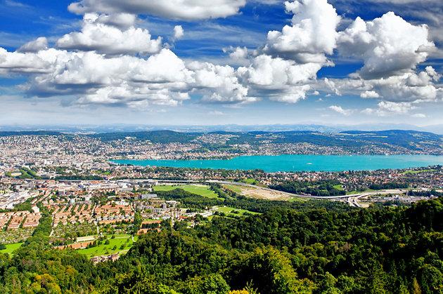 Гора расположенная в окрестностях Цюриха, с которой открываются прекрасные виды на озеро и город.