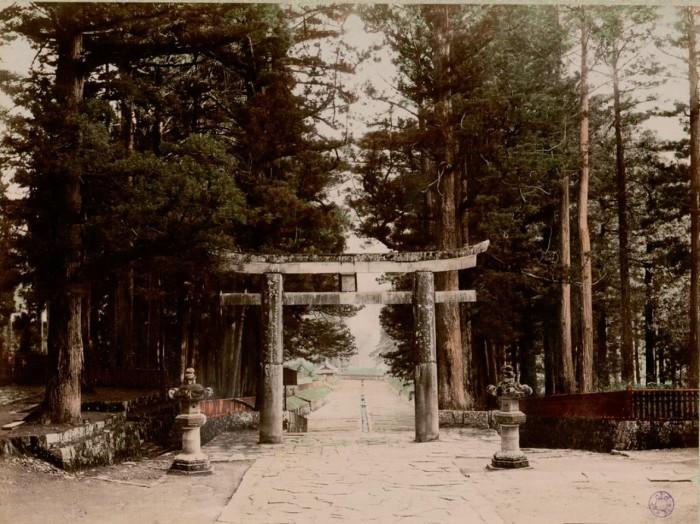 Двухъярусные ворота Ёмэймон.