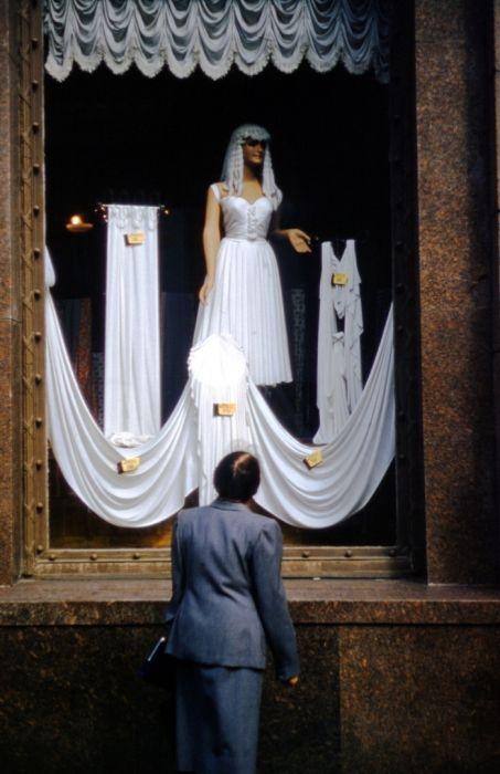Роскошное свадебное платье, от которого невозможно оторвать взгляд.