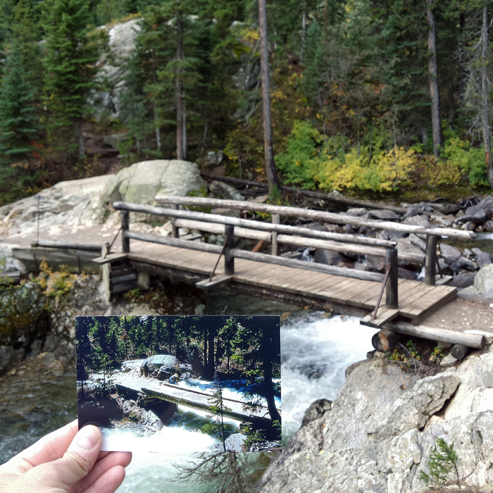 Парк расположен в американском штате Вайоминг и находится немного южнее известного Йеллоустоунского национального парка. 1973 и 2015 годы.