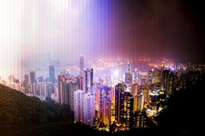 Гонконг: коллаж из 57 фотографий, снятых каждый 1 час 40 минут.