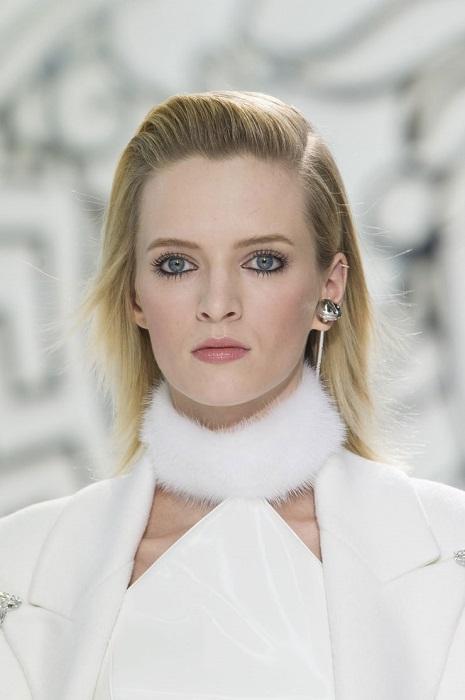 Топ-модель из Москвы, которая очень похожа на молодую Уму Турман, в 2011 году дебютировала в кино в фильме «Заражение».