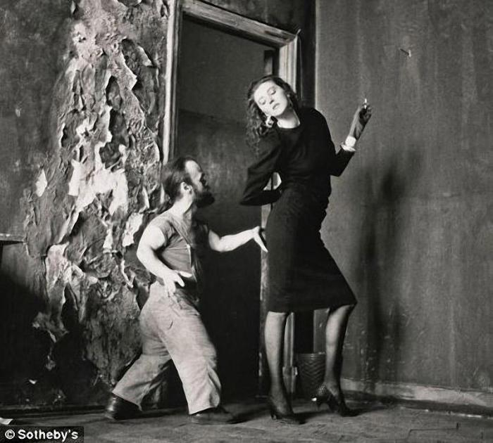 Снимок Сергея Борисова из московской серии, сделанный в 1988 году, был продан за 1 500 тысячи фунтов стерлингов.