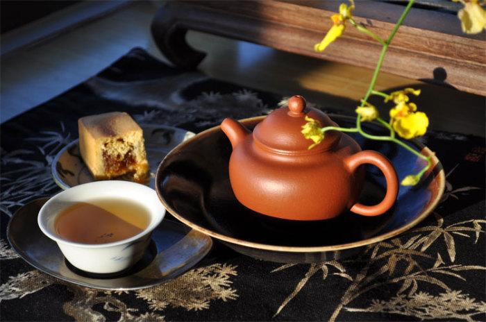Листья белого чая собирают ранней весной. | Фото: spletnik.ru.
