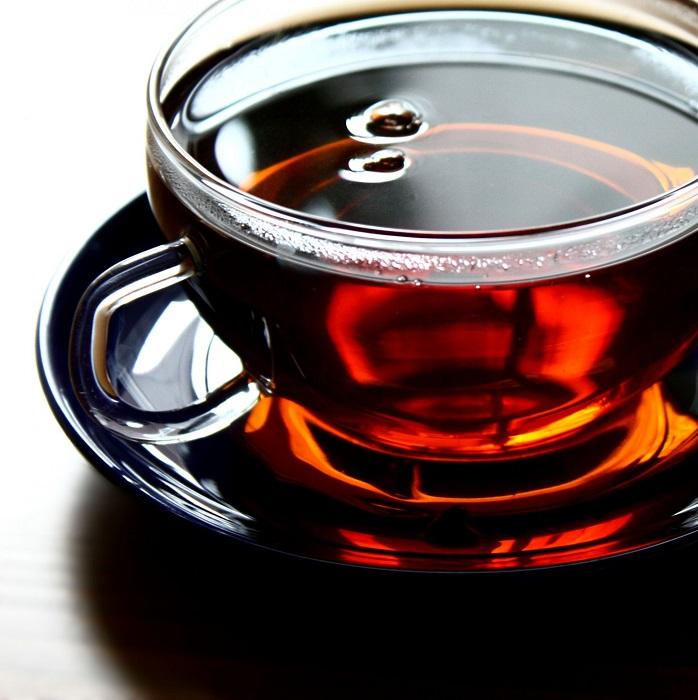 Листья сушеного чая бывают разных размеров и разного цвета. | Фото: belyi-kit.kz.