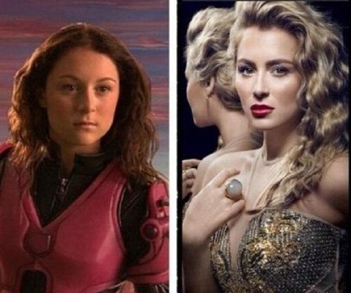 Алексу многие помнят по одной из главных ролей в фильме «Дети шпионов», девушка успешно продолжает актерскую карьеру.