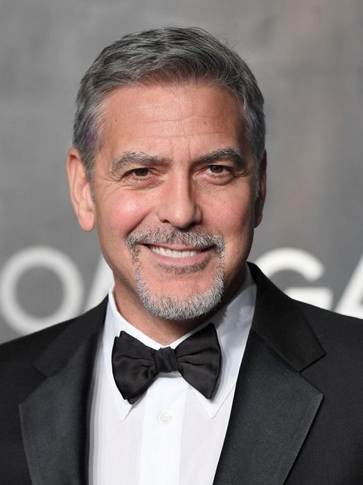 Знаменитый обладатель престижных премий «Оскар » и «Золотой глобус» с возрастом стал выглядеть еще лучше.