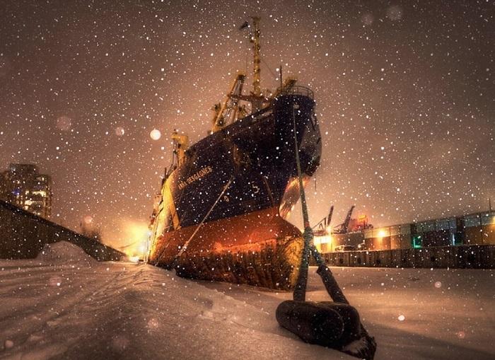 Тихая ночь на пристани. Фотограф - Алекс Рыков.