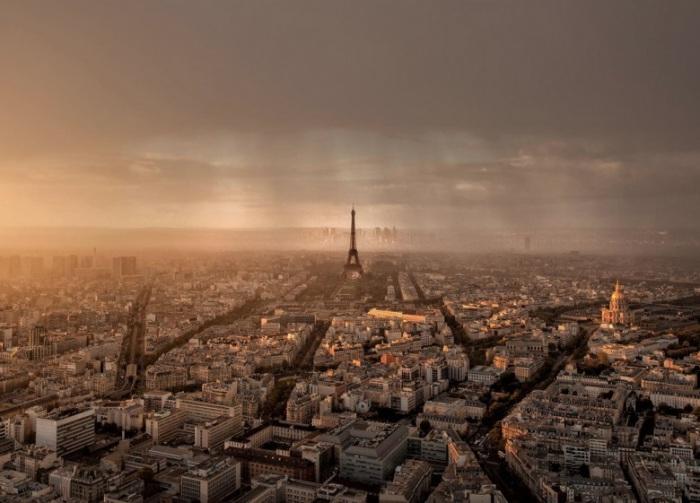 Закат и дождь. Фотограф - Томас Флигнер.