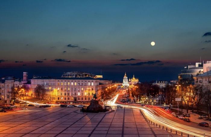 Вечерний Киев. Фотограф - Сергей Полюшко.