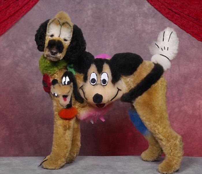 Пёс в стиле диснеевского Микки Мауса.