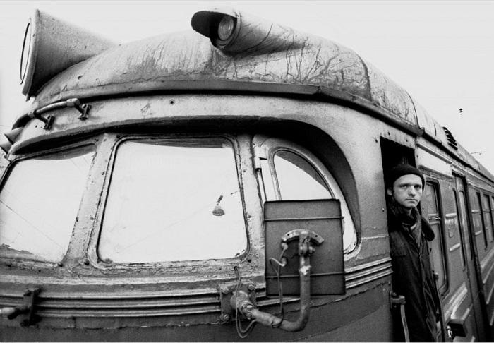 Машинист пригородной электрички. Россия, Московская область, 1995 год.