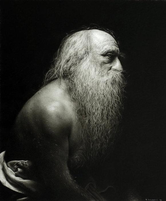 Художник-гиперреалист, поражающий своими монохромными работами.