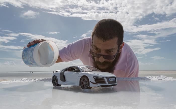 Художник, которого Audi попросила снять их автомобиль за $ 160 тыс, он просто обошелся игрушкой за $ 40.