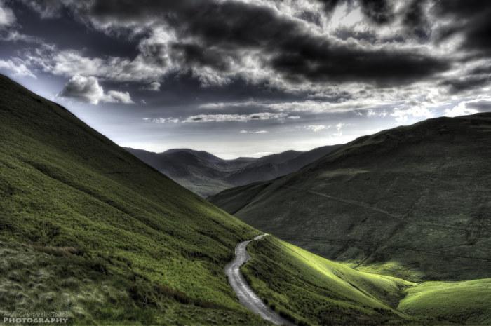 Горный регион в Северо-Западной Англии, в графстве Камбрия.