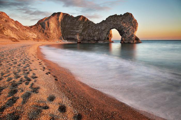 Естественные известняковые скальные ворота.