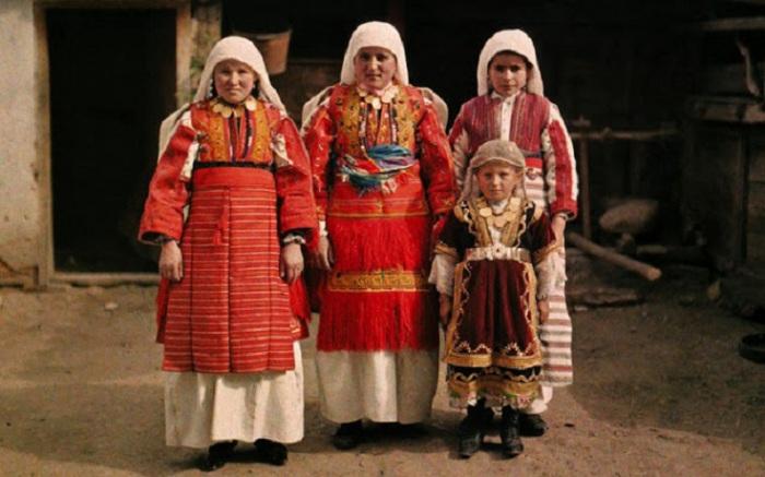 Национальная одежда македонок, деревня Smilevo 1913 год.