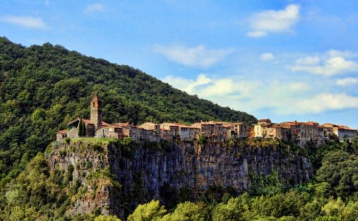Одной из самых красивых деревень Каталонии, Испания.