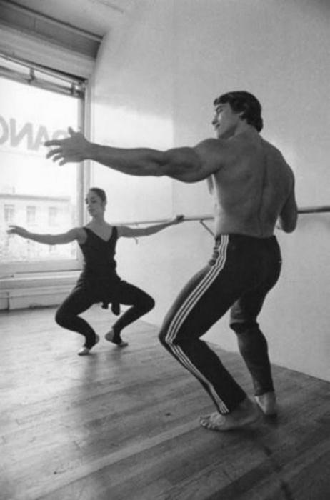Арнольд Шварценеггер на уроках балета.