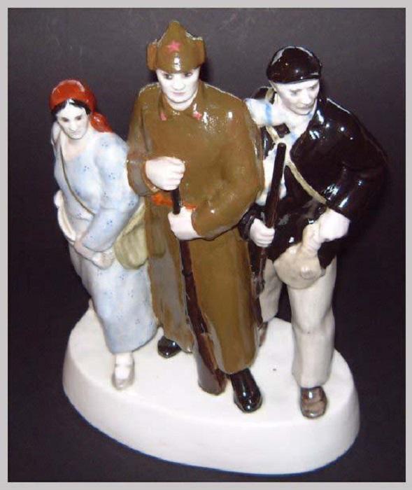 Скульптура «Готовы к труду и обороне». Автор Данько Наталья.