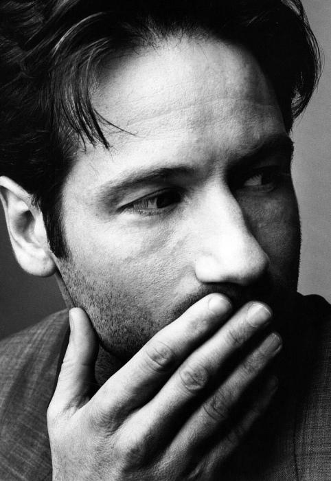 Американский актёр, двукратный обладатель премии «Золотой глобус».