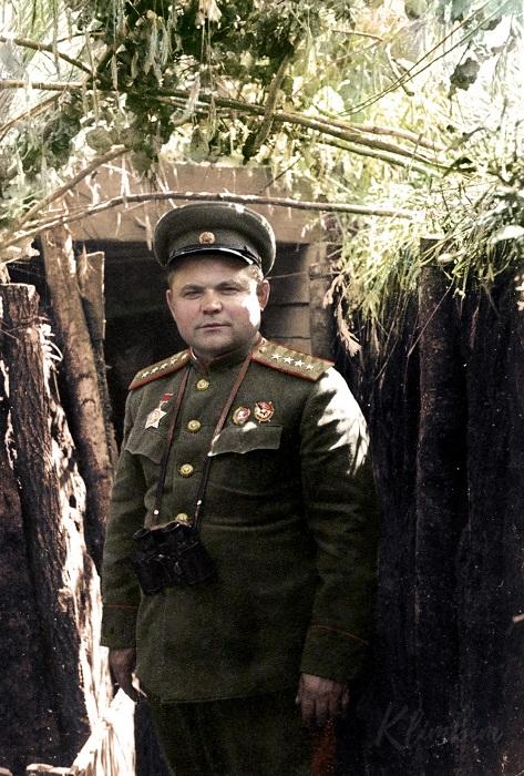 За свою военную карьеру этот незаурядный человек прошел путь от красноармейца до полководца.