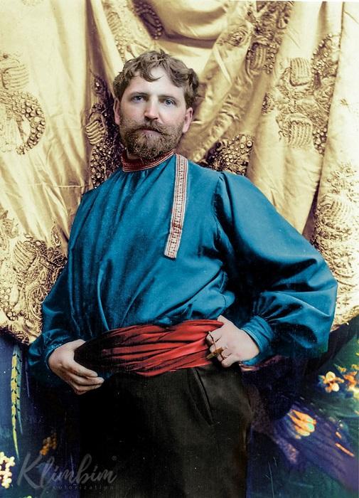 Чешско-моравский живописец и театральный художник - один из наиболее известных представителей стиля «ар нуво».