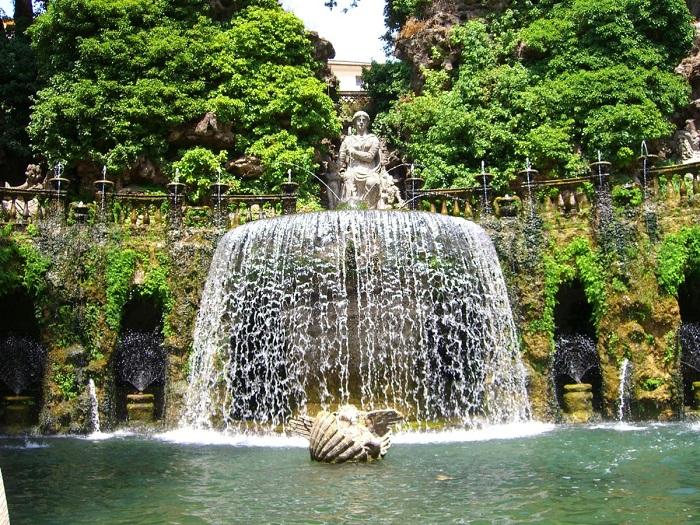 Один из самых прекрасных фонтанов во всем мире.