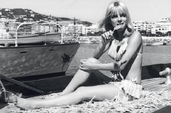 Изабель в начале 60-х годов работает со знаменитым джазменом и композитором Аленом Гораге.