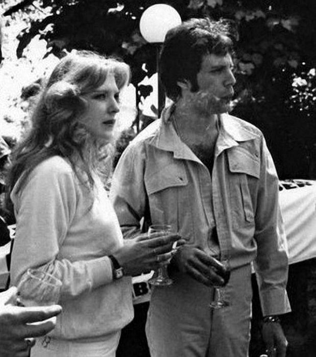 В 1973-м Queen выпустили дебютный альбом, тогда же Меркьюри сделал Мэри предложение руки и сердца.