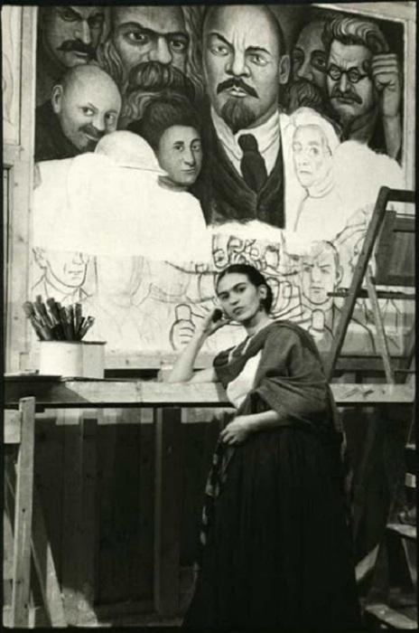 Уникальная фреска была уничтожена из-за изображенного на ней Ленина, которого непреклонный Ривера отказался убирать.