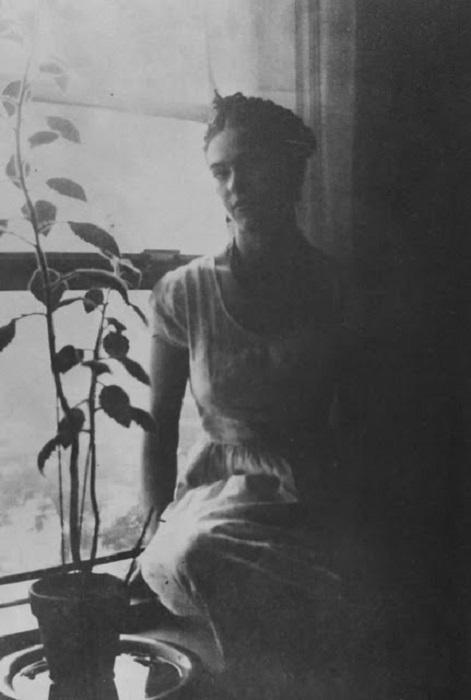 «Детройский» период стал поворотным для 25-летней художницы, которая страдала от потери ребенка, смерти матери и разлуки с домом.