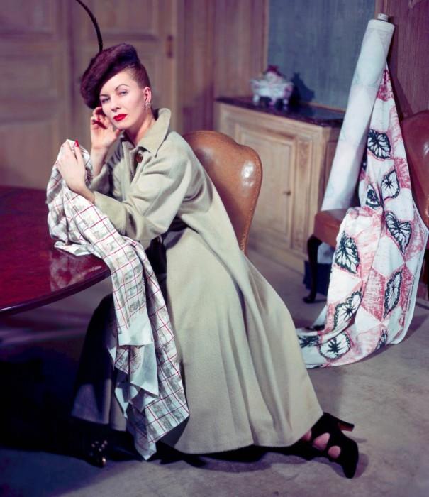 Пальто от Эльзы Шиапарелли, 1947 год.