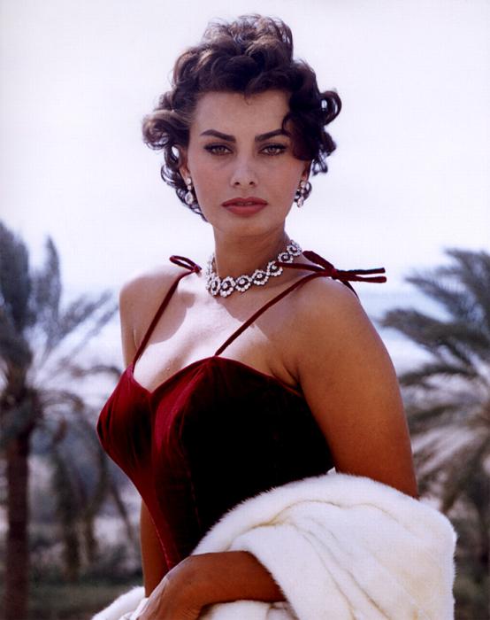 Обворожительная итальянская актриса и певица.