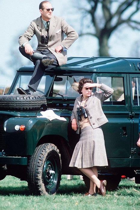 Королева Елизавета Вторая и Принц Филипп на скачках, 1968 год.