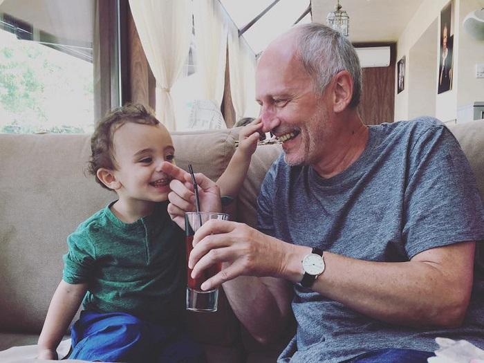 52-летний телеведущий стал отцом в четвертый раз. /Фото: news.tj