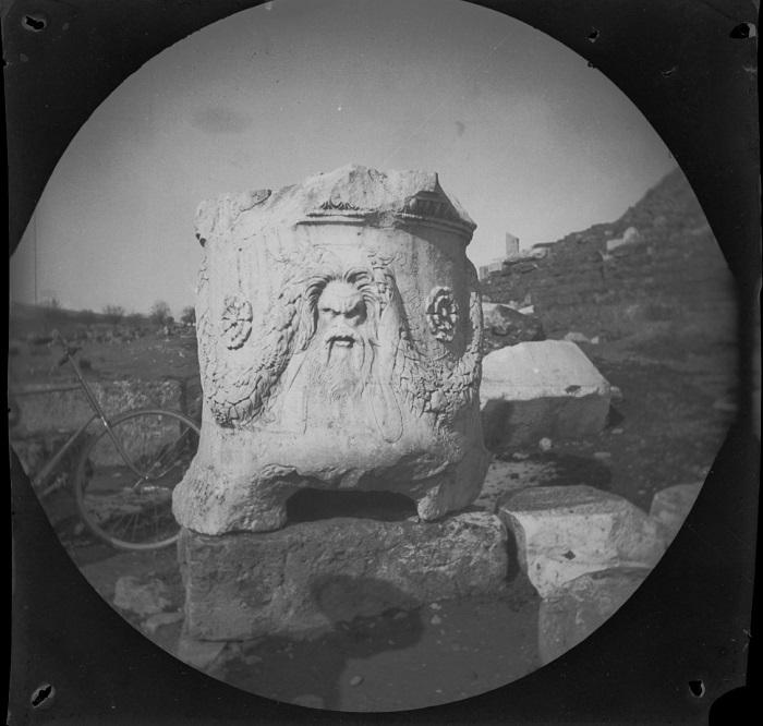 Одна из древнейших достопримечательностей Греции.