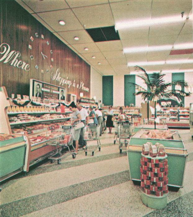 Магазин с самообслуживанием требует большей площади и инвестиционных вложений. 1960 год.