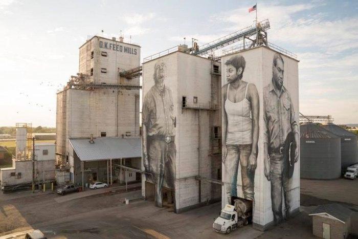 Три монументальных портрета на здании завода комбикорма в г. Форт-Смит, Арканзас.