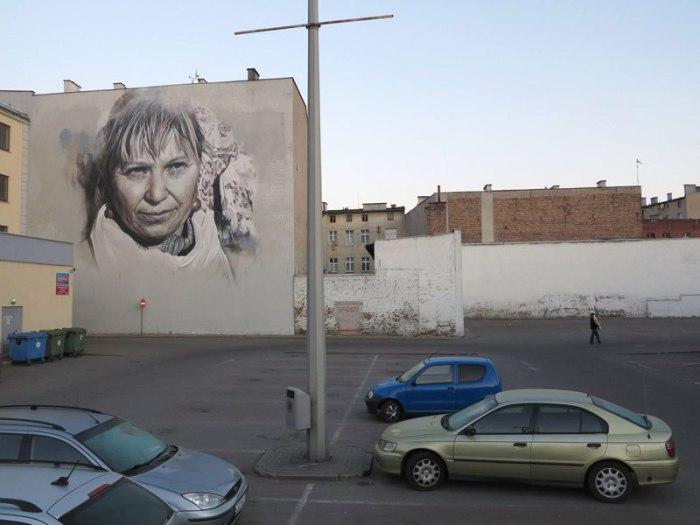 Портрет на стене в Польше.