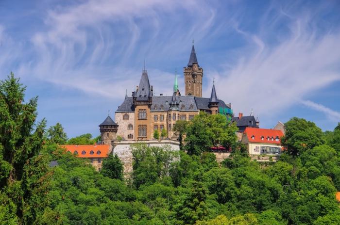 Сказочный регион в самом центре Германии, его история богата серебром, рудниками и ведьмами. Север Германии Север Германии harz mountains