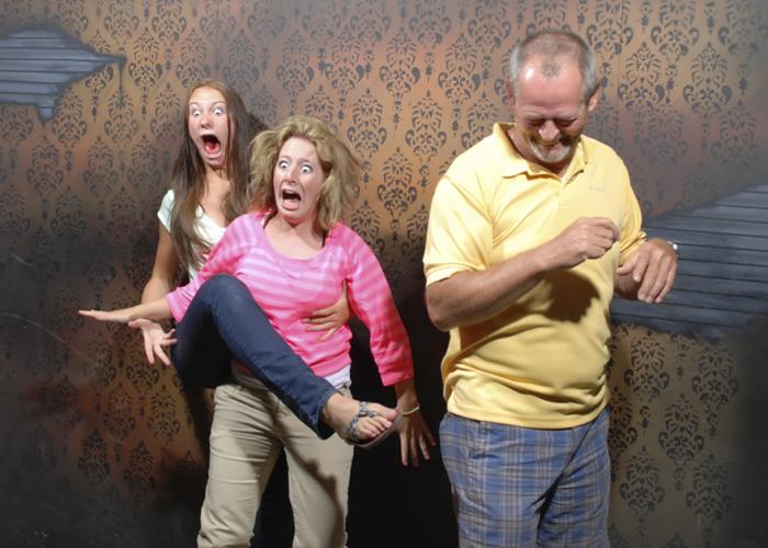 «Фабрика ночных кошмаров» (Nightmares Fear Factory) - самый старый и легендарный аттракцион Северной Америки.