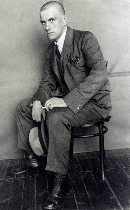 Русский советский поэт, один из крупнейших поэтов XX века, СССР, 1923 год.