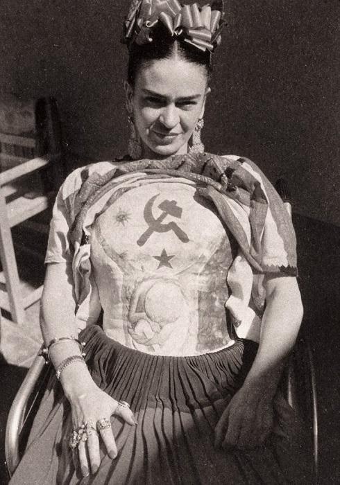 Мексиканский художник и график, жена Диего Риверы, мастер сюрреализма.