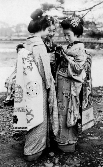 Гейши, Япония, 20-е года.