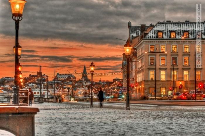 На Рождество в Стокгольме посещаются традиционные рождественские базары, покупаются изделия шведского дизайна и сувениры ручной работы.