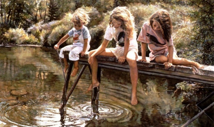 Дети, играющиеся на пруду с водой.