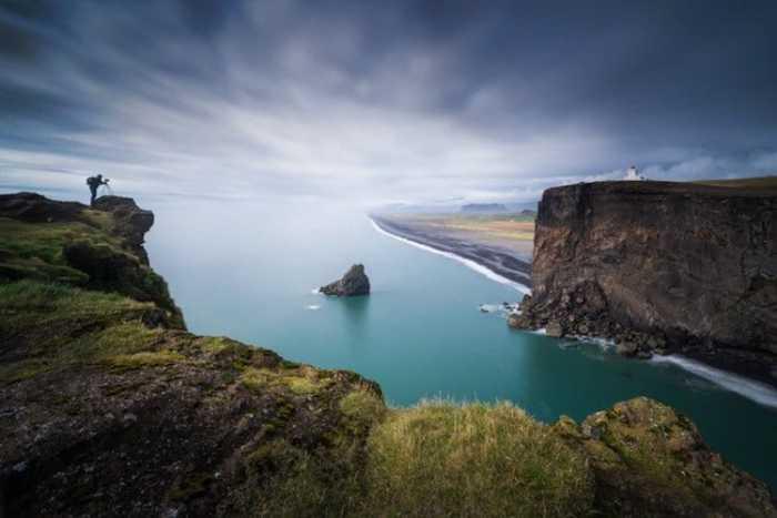 Сказочное место с живописными скалами - творение самой природы.